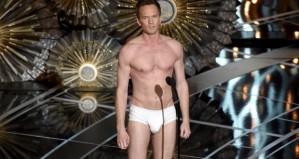 Neil-Patrick-Harris-in-underwear-on-2015-Oscars-stage-Video-620x330